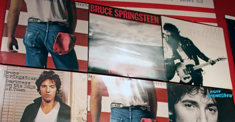 Henrik Salmberg tror att vinylskivornas omslag har en stor betydelse för populäriteten.