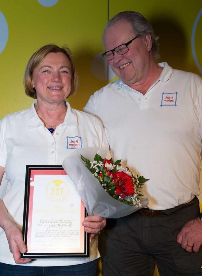 Kerstin och Claes Jürss, stolta vinnare av innovationspriset. Foto: John Guthed.
