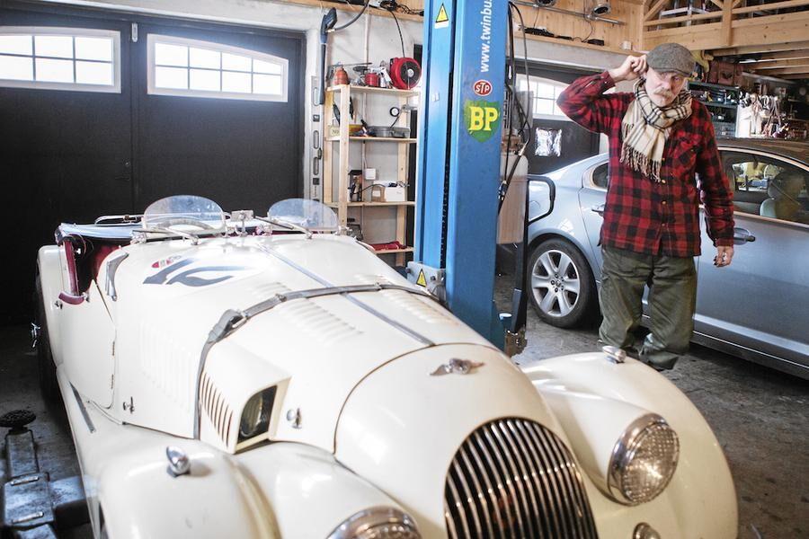 artisten-peter-carlsson-viktigt-inte-bekrafta-bilden-av-lantisar-som-korkade. garage