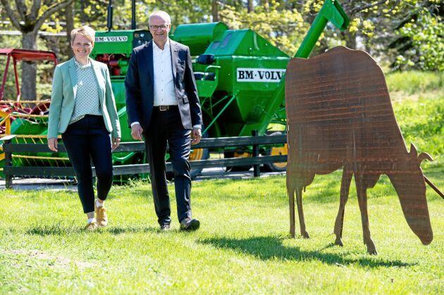 På grönbete. Sånga Säby var soligt och vackert som vanligt, och LRF:s VD Anna Karin Hatt och förbundsordförande Palle Borgström var förväntansfulla inför den historiska stämman.