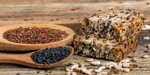 Stenåldersbröd enligt LCHF – sprängfyllt med nyttiga fröer