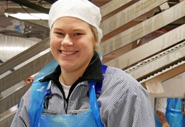 Som slakterilärling har Amanda Andersson blivit flink med kniven.