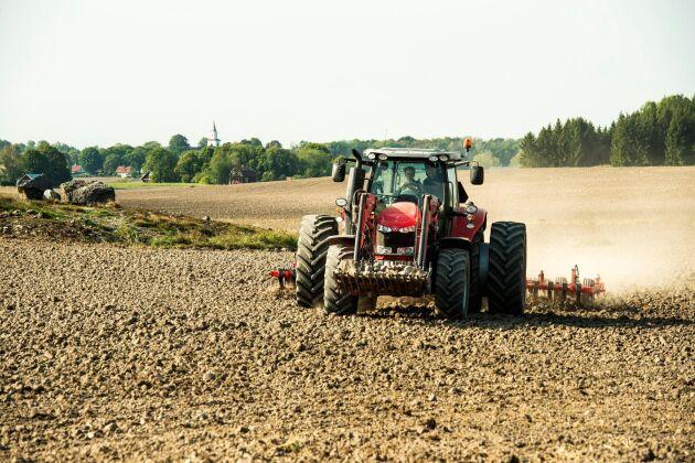 Svensk växtodling kan under ett normalår producera energi och protein för omkring 26 miljoner människor, visar en sammanställning från Kungliga ingenjörsvetenskapsakademien, IVA.