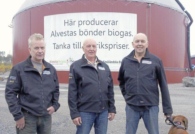 Lantbrukarna Joakim Granefelt, Jan Svensson och Stefan Bengtsson driver Alvesta Biogas.