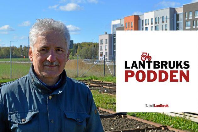 Thomas Kätterer är professor i systemekologi på Sveriges Lantbruksuniversitet i Uppsala. Han är specialiserad på kolinlagring i mark, växthusgaser och åtgärder inom jordbruket som påverkar detta.