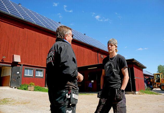 Kristoffer Haaga har ansvarat för solcellsinvesteringen. Nu väntar han på att en app som hjälper till att hålla direktkoll på energiproduktionen ska bli klar.