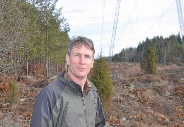 Markägarnas svårigheter att få rimlig ersättning när nya kraftledningar uppförs, riskerar att utarma landsbygden, enligt Karl-Johan Axelsson i Baggetorp.