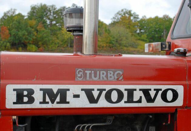 Bättre bränsle-effektivitet och mer effekt är fördelar med en turbo. Risken var att transmissionen inte var anpassad till den högre effekten.