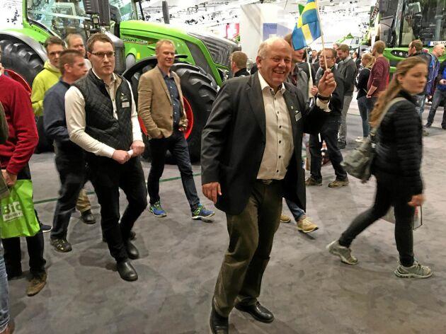 Land Lantbruk träffade Ingvar Andersson på Agritechnica där han guidade svenska besökare bland montrarna.