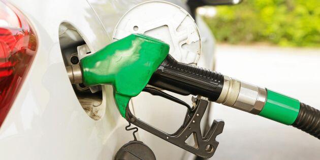 Enligt uppgift: Bensinskatten höjs med 15 öre litern