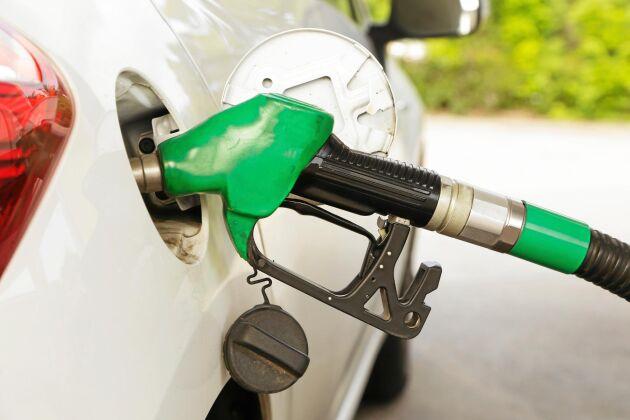 Enligt uppgifter till Svenska Dagbladet ska indexeringen på bensin återinföras.