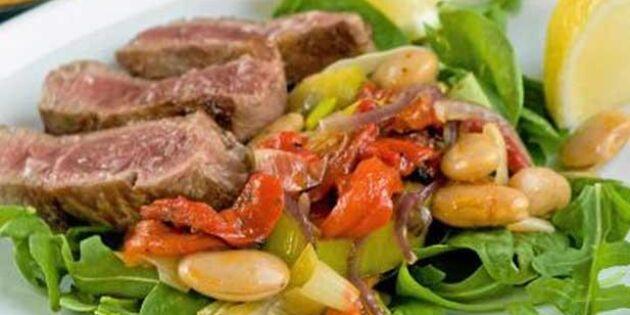 Snabb strimlad biff på italiensk röra