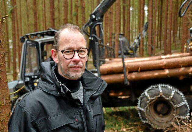 Magnus Wallin började bygga en skotare 2009 tillsammans med sin pappa Helge. Ifjol gjorde företaget sitt bästa år.