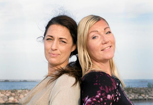 Prata om ensamhet och bjud hem någon du vet sitter ensam. Det uppmanar vännerna Madeleine de Jong och Johanna Wahlgren.