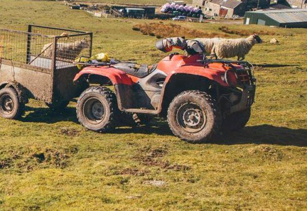 Jag kommer att kalla Skatteverket till riksdagen för att få klarhet i varför lantbrukare med fyrhjuling förmånsbeskattats, skriver Per Åsling (C) i ett debattinlägg.
