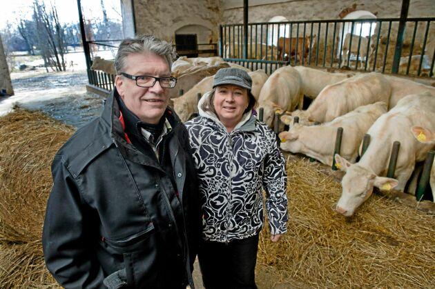 Björn Dierks och Annica Eriksson driver sedan 2010 Börstorps slott norr om Mariestad. De har köttproduktion med direktförsäljning till konsument i köttlådor samt övernattning, konferenser och fester på slottet.
