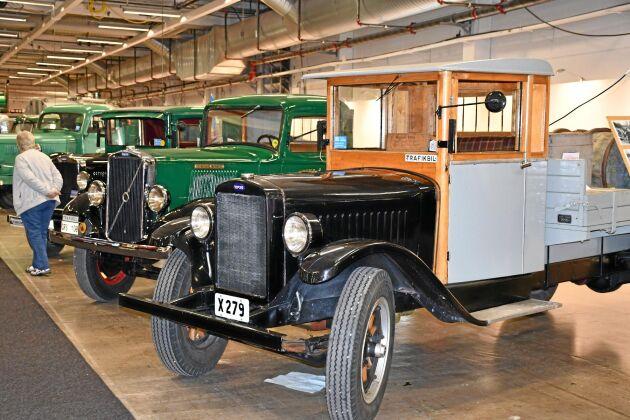 Allt på Elmia är inte nya bilar. En hel hall var fylld med gamla fina lastbilsklassiker.