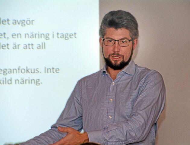 Johan Dalén, VD för branschorganisationen Svensk Mink, upplever att aktionerna från djurrättsaktivister ökat kraftigt det senaste året.