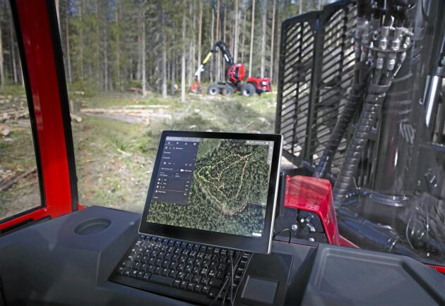 Komatsu Forests nya funktion MaxiVision ger föraren olika kartvyer med information om markförhållanden och övriga arbetslagets produktion och kan utifrån det planera sitt arbete.