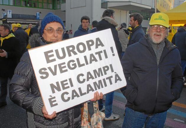 """""""Vakna Europa, det är katastrofläge på fälten""""."""