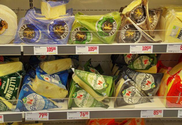 Ostarna som ligger i fokus i ostkriget är Herrgård, Grevé och Präst.