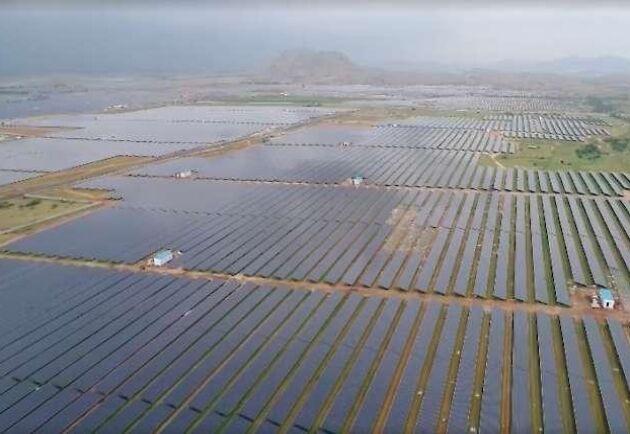 Solparken spänner över fem byar och över 5 000 hektar.
