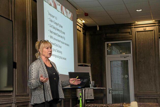Margareta Åberg från LRF och Sveriges Grisföretagare uppdaterade om läget kring spridningen av den afrikanska svinpesten.