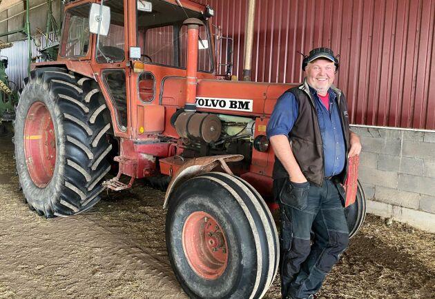 Fredrik Fröjd, ekologisk mjölkproducent på Sventorp Lunden i Skövde, odlar Krav-kvarnvete på upp till 70 hektar.