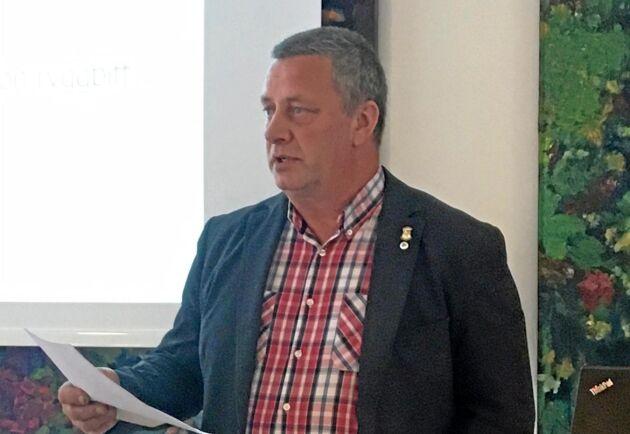 Till följd av kostnadsökningarna har det blivit svårt att sälja kalvar för vidareuppfödning. Färre vill köpa, förklarade Jan Forsell, ordförande i Sveriges Nötköttsproducenter.