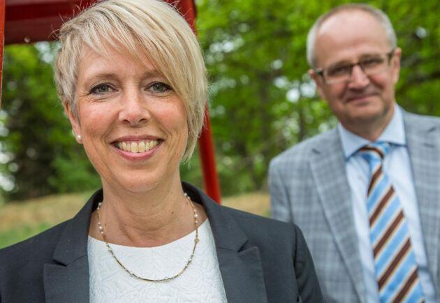 När Palle Borgström tog över som ordförande väljer Helena Jonsson att kandidera till riksdagen som andranamn efter Annie Lööf på Jönköpingslistan.