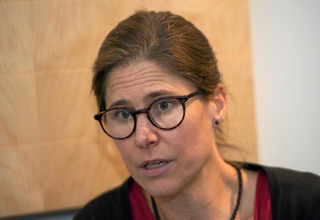 – Varför vill vi inte veta hur läget är i skogen, frågade Johanna Sandahl som ville se en faktabas om värden i skogen.
