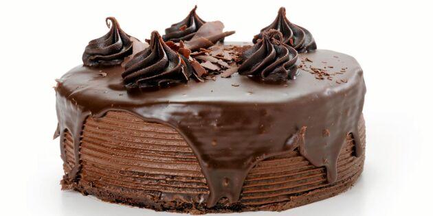 Maffig chokladtårta med vit choklad- och hallonfyllning