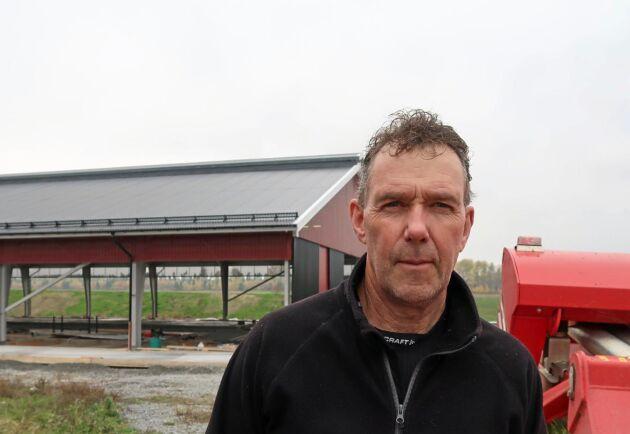 Går det göra billig ost i utlandet borde det gå göra det i Sverige också. Det skulle ge 4 500 nya jobb till de gröna näringarna, menar Sveriges mjölkbönders ordförande Stefan Gård.
