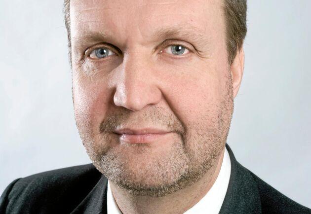 Den ihållande värmeböljan får stora negativa konsekvenser för lantbrukare och den svenska spannmålsskörden i år, menar Mikael Jeppsson på Lantmännen Lantbruk.