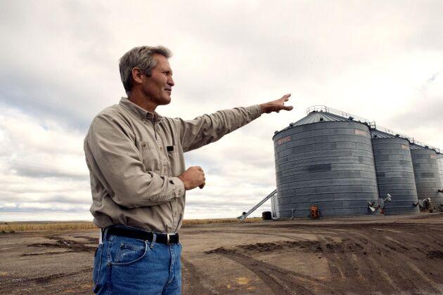 """""""Hälften av Amerikas bönder är innovativa som vi, den andra hälften gör som den alltid har gjort"""", säger Mark Linnebur när han ska förklara varför gården fått namnet Progressive Farms."""