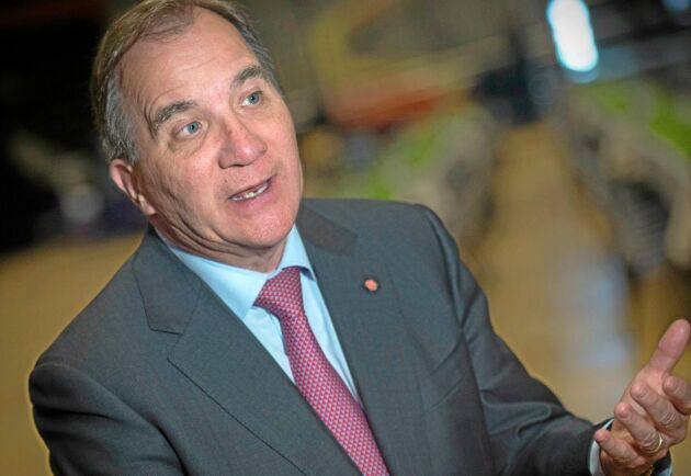 Stefan Löfven lovar luckra upp strandskyddet för att underlätta företagande på landsbygden.