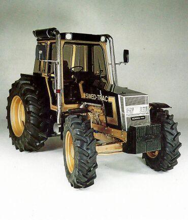 Swed-Trac modell II presenterades på Svenska mästerskapen i plöjning 1985.