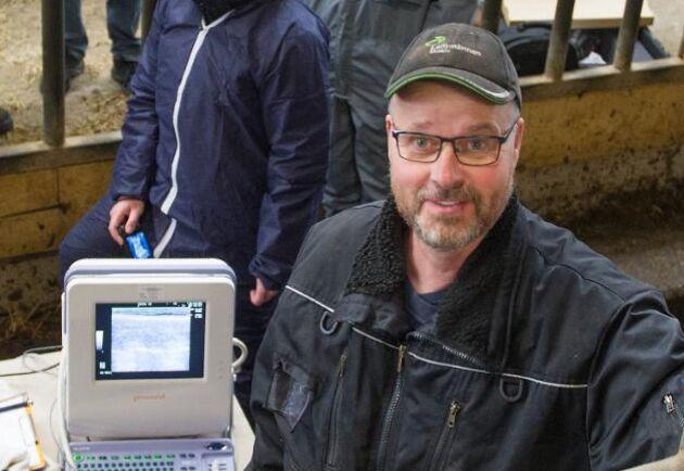 Johan Stegard är köttdjursuppfödare utanför Lilla Edet och sköter förmedlingen åt Gröna Gårdar.