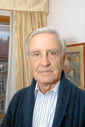 Karlis Neretnieks, generalmajor och tidigare rektor för Försvarshögskolan. Numer är han knuten till Kungliga Krigsvetenskapsakademin.