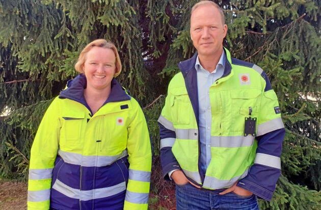 Kristina Lövgren, produktionschef, och Joakim sveder, platschef, på Stora Enso Gruvöns Sågverk berättar att de under de kommande sex månaderna ska fortsätta öka produktionen i den nya CLT-anläggningen.