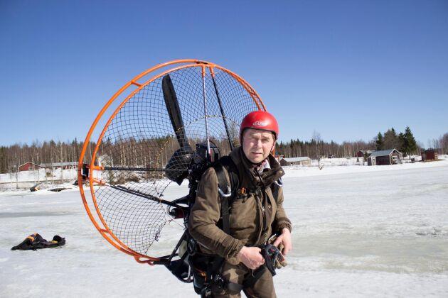 Håkan Önneholm är Setras egna Karlsson på taket.