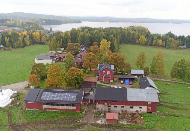 Batterilagret på gården i Hälsingland har testats av Vattenfall under ett år, för att se hur utrustningen fungerar och vilka problem som kan uppstå i gårdsmiljön. Enligt Vattenfall har gårdsägarna inte märkt av några problem som är kopplade till försöket, viket var hela tanken bakom undersökningen.