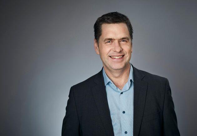 Roger Johansson, chef på Svenska skogsplantor på Sveaskog, är både positiv och negativ till förbudet.
