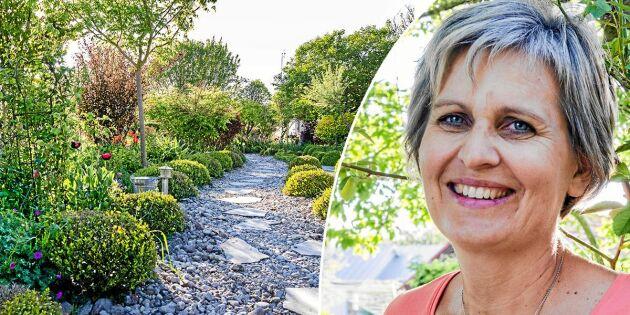 Annas vackra trädgård växer – utan att hon behöver vattna