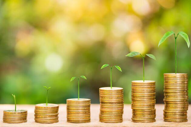 – Jag tycker att alla som gör investeringar som bidrar till att minska klimat- och miljöpåverkan ska börja tänka i termer av gröna obligationer, säger Per Bolund (MP).
