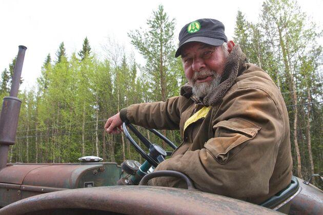 Åke Larsson tänker åka från Perstorp i Skåne till Nordkap i Nordnorge med sin traktor.