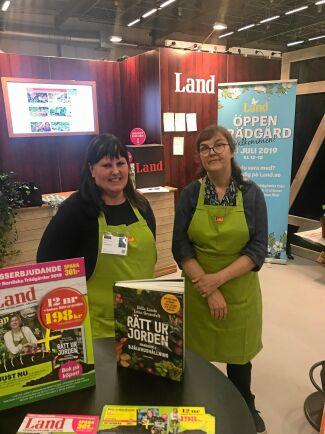 Träffa Lands Kristina Bäckström (th) på Nordiska trädgårdar. Här är Kristina tillsammans med Anna Uppvall (tv) från Lands kundservice.
