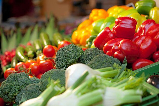 Vill du få i dig en riktig superdos av C-vitaminer så ska du äta paprika – eller broccoli!