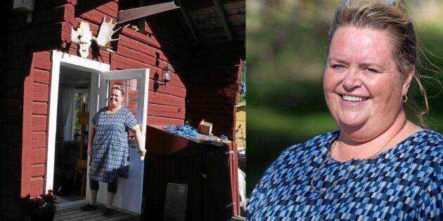 """Anne-Lie driver en terapistuga – i skogen: """"Lugnet får folk att våga prata"""""""
