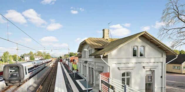 Vill du ha nära till tåget? Nu kan hela järnvägsstationen bli din!
